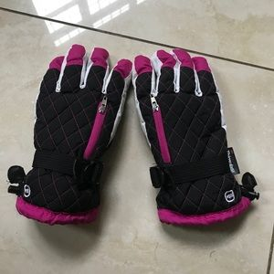 Other - Kids large thinsulate gloves black/pink large